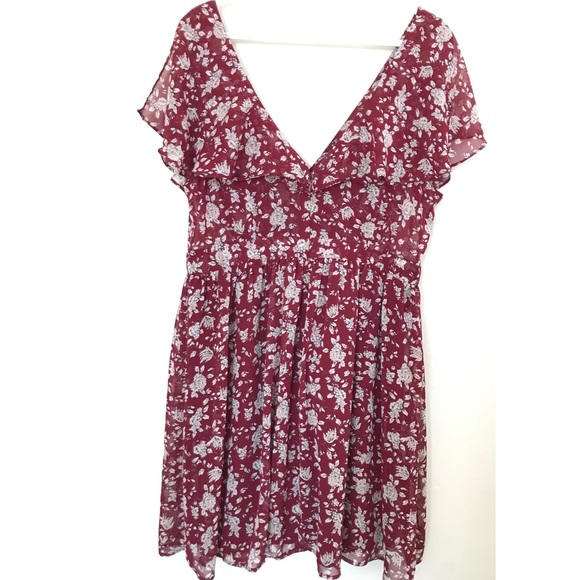 Forever 21 Dresses & Skirts - Forever 21 Maroon Floral Dress Plus Size